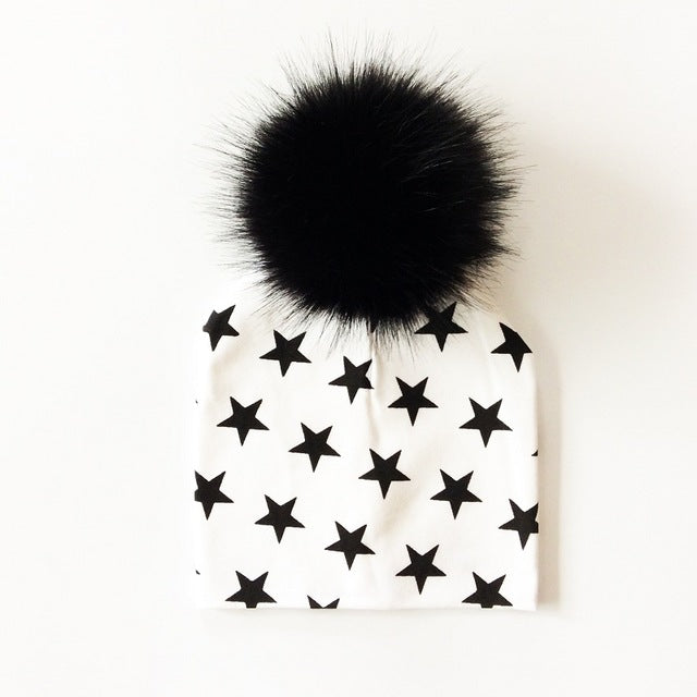 Black star Pom Pom Hat - LDNKIDS - Kids Clothing Childrenswear Baby Clothes