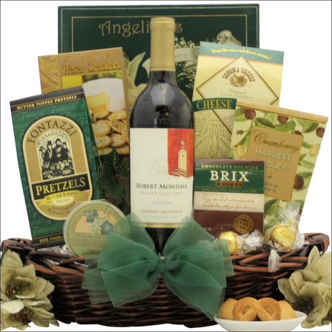 FESTIVE HOLIDAYS: ROBERT MONDAVI PRIVATE SELECTION GOURMET WINE GIFT BASKET