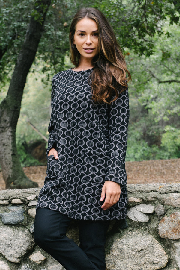 Komil Stitch Spot Tunic - thread to cloth