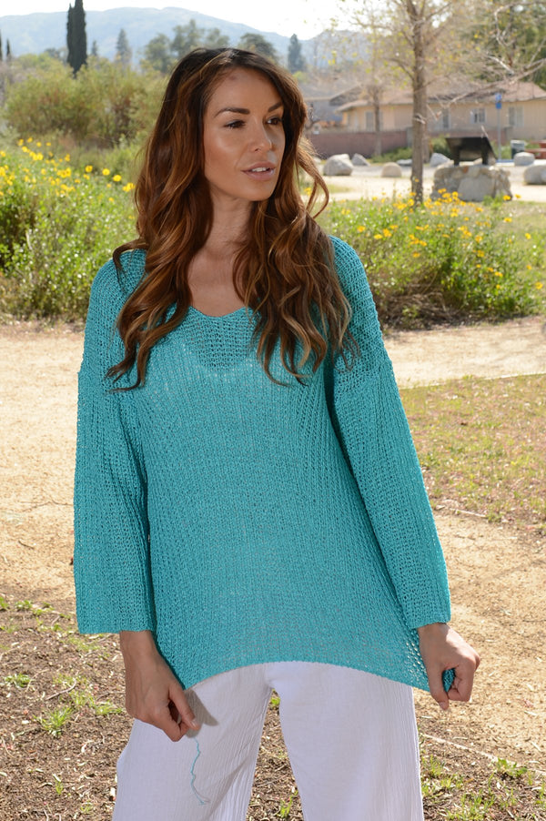 Wind River Crepe Yarn V Neck Sweater