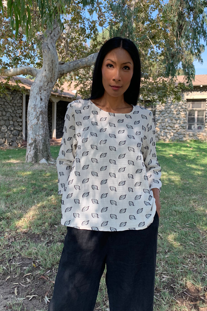 Cut Loose 3/4 Sleeve Aline Top Leaf Jacquard- Fall 2020