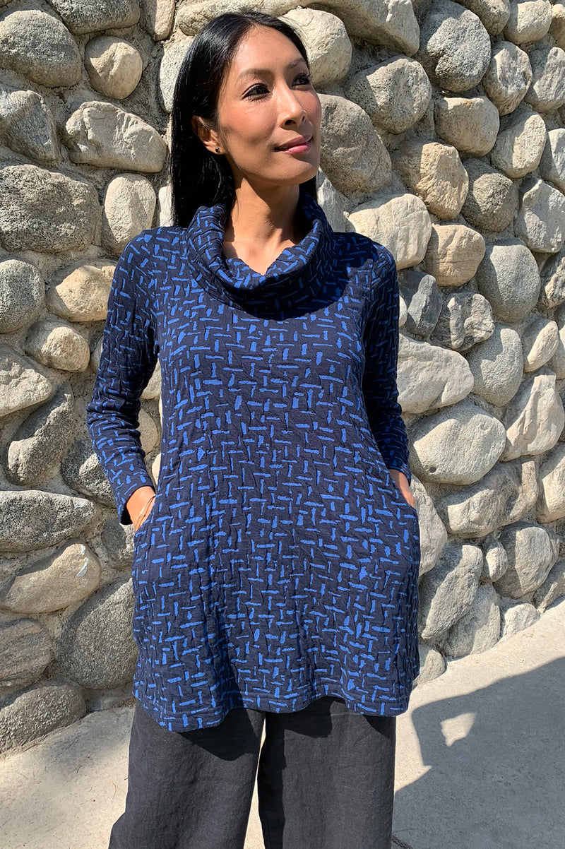 Komil Cross River Turtle Neck Tunic-Blue