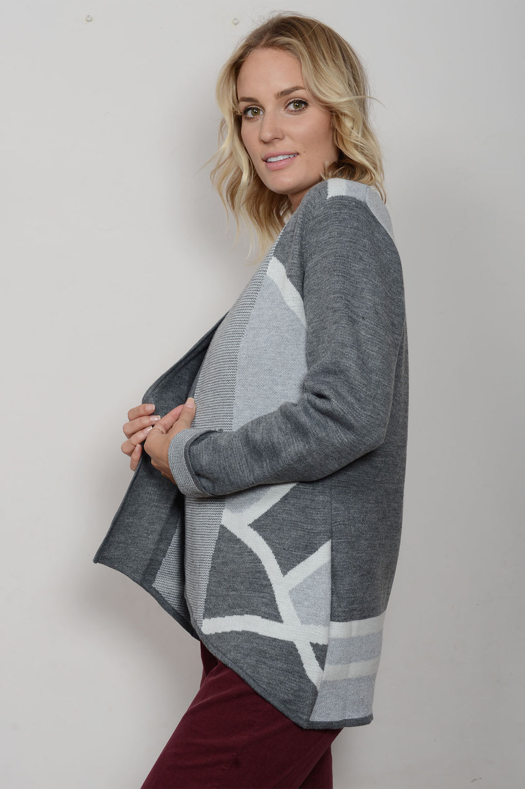 pappa fashions abstract pattern womens sweater in gray