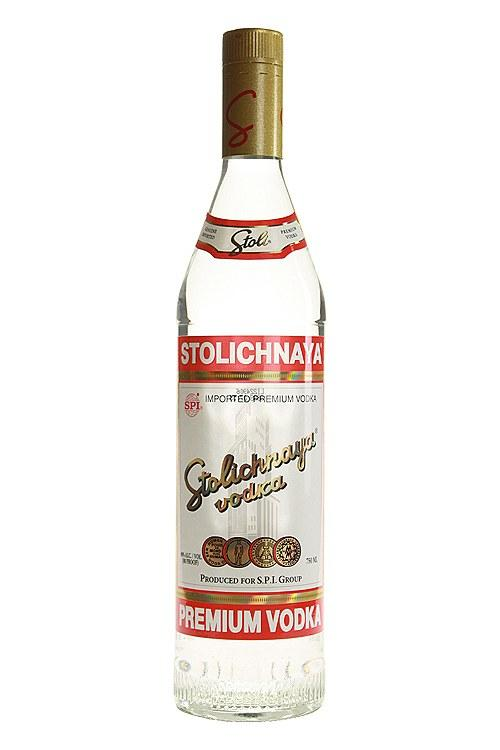 Stoli Vodka (750 ml)