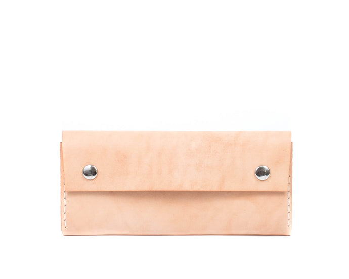 Women's Large Trifold Wallet in Natural Vegtan Leather