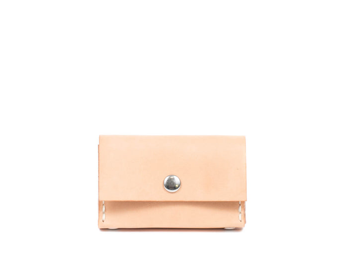 Small Cardholder in Natural Vegtan Leather with Snap
