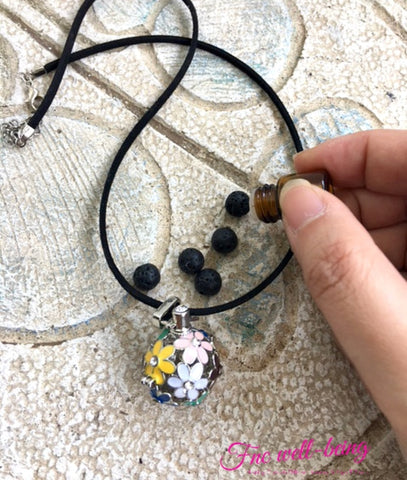 Flower Locket Aromatherapy Diffuser Necklace  Necklace