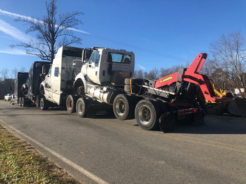 Fifth Wheel Wrecker Towing