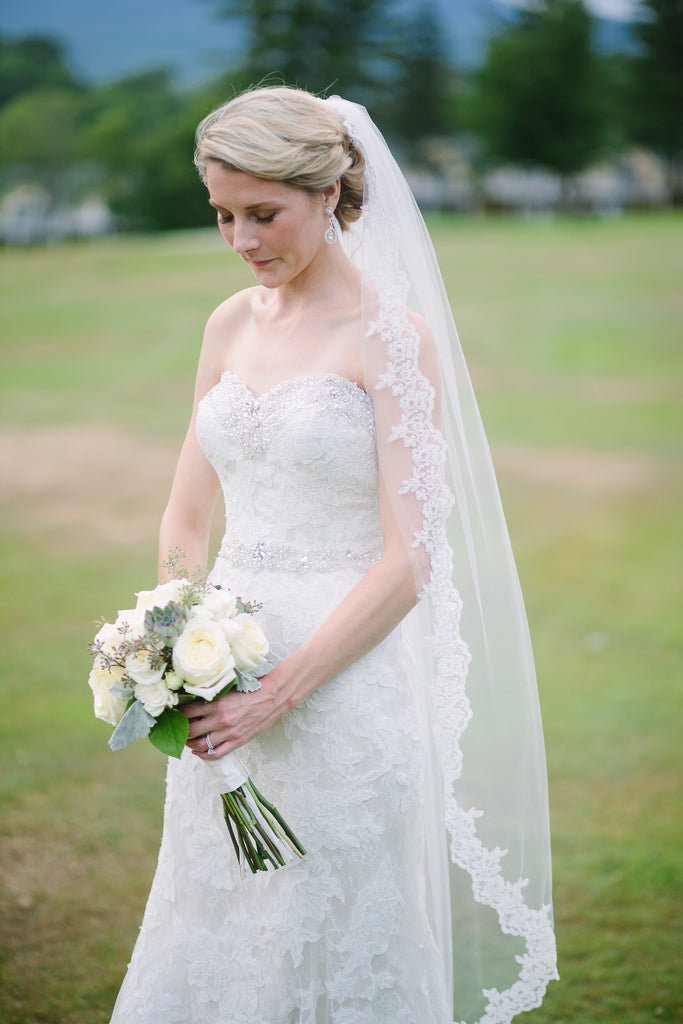 6 Ways to Save Money on your Wedding Veil and Accessories