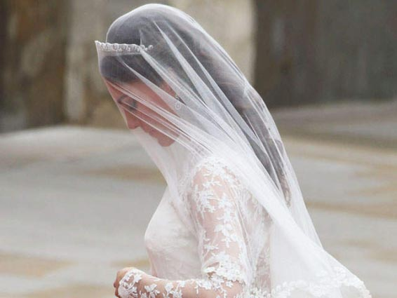 Kate Middleton's wedding veil with tiara