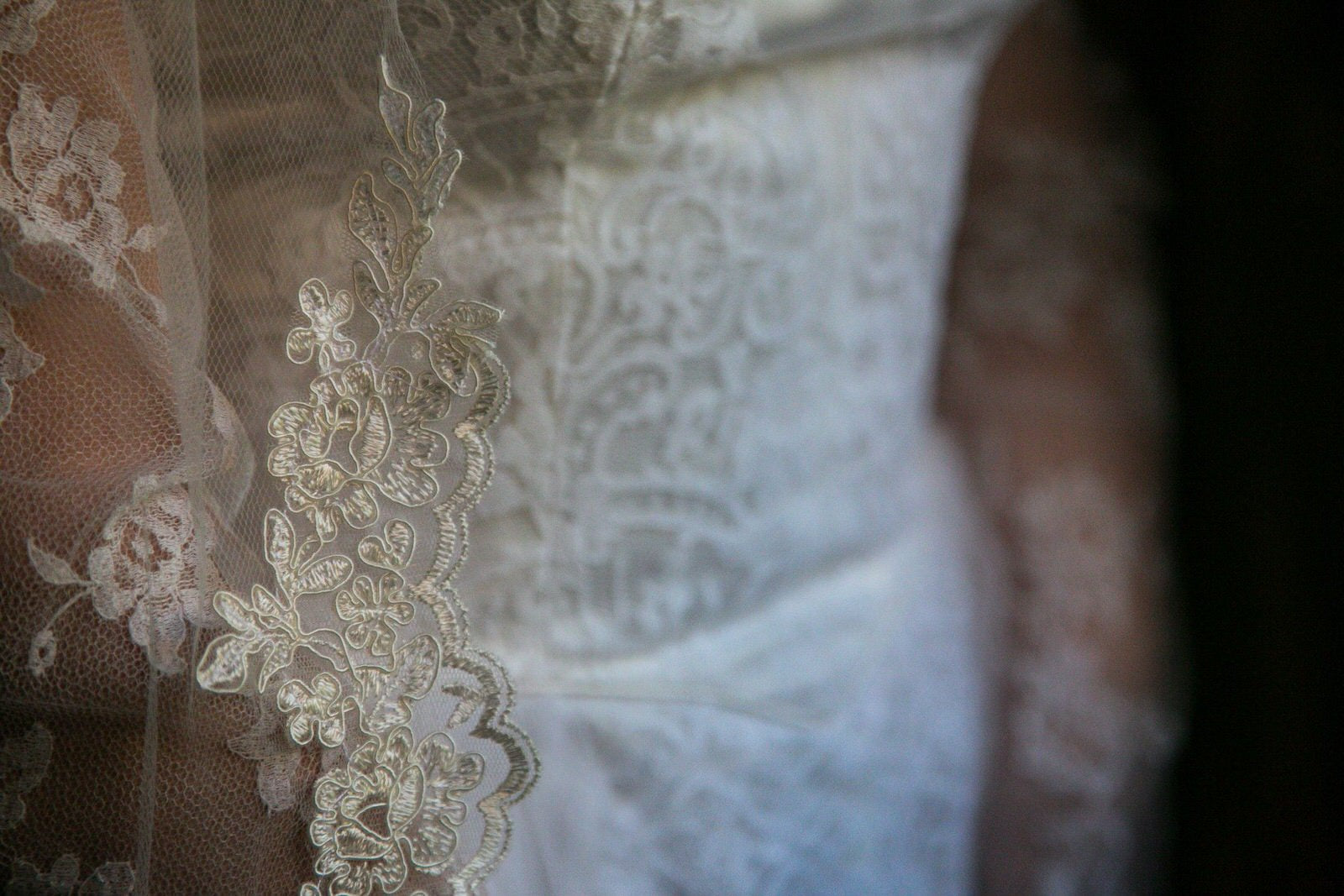 floral frech alencon lace trim with scallops
