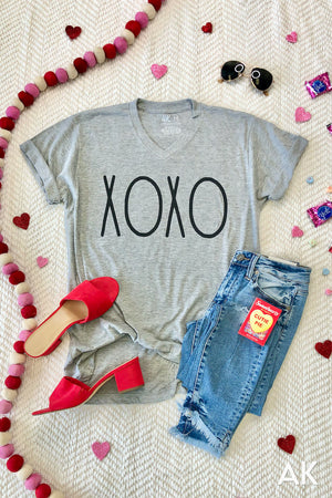 AK Tees - Hugs & Kisses V-Neck