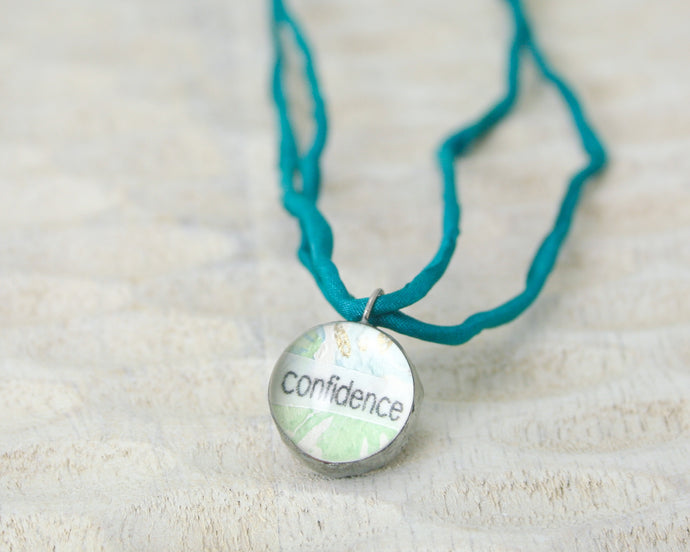 Confidence Little Reminder pendant necklace with vintage wallpaper