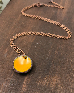 Enameled penny pendant necklace Fall / Winter '20-'21 colors