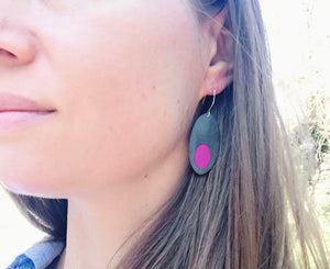 Peekaboo oblong earrings