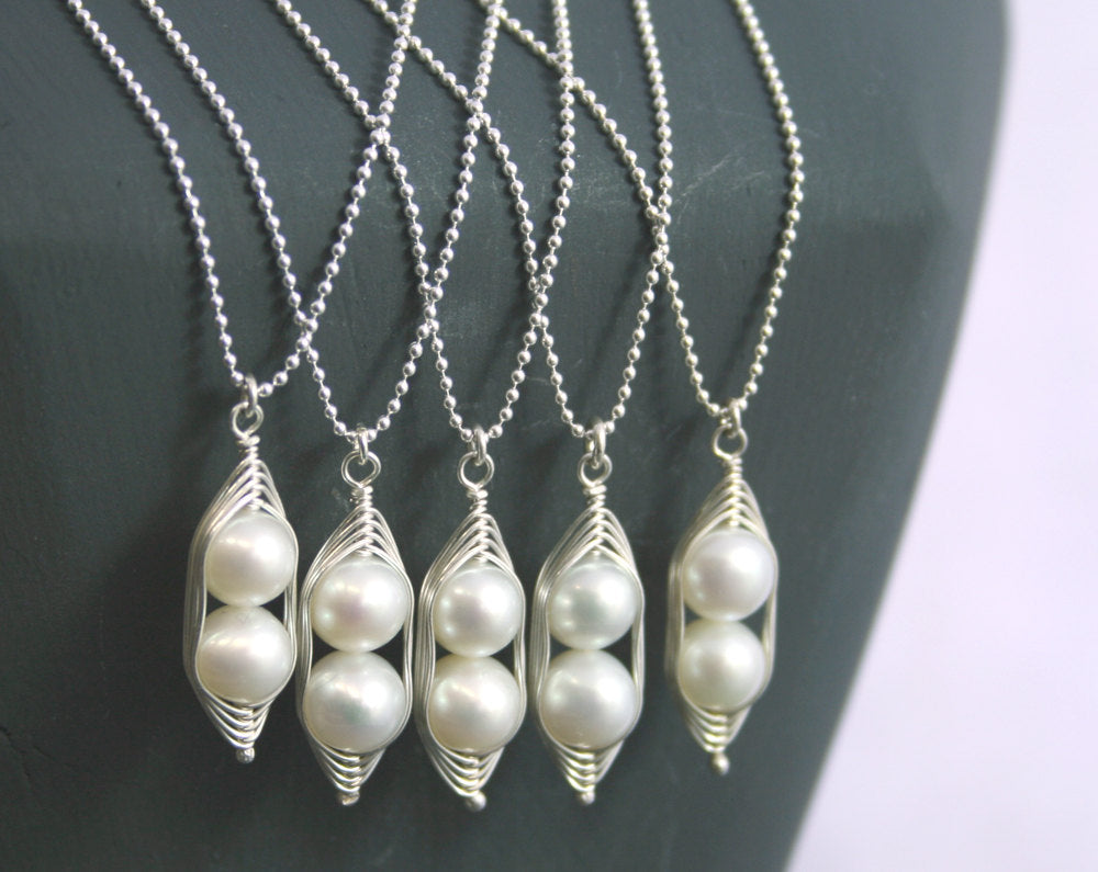 Bridesmaids gift necklaces //  Peas in a Pod pendant necklace