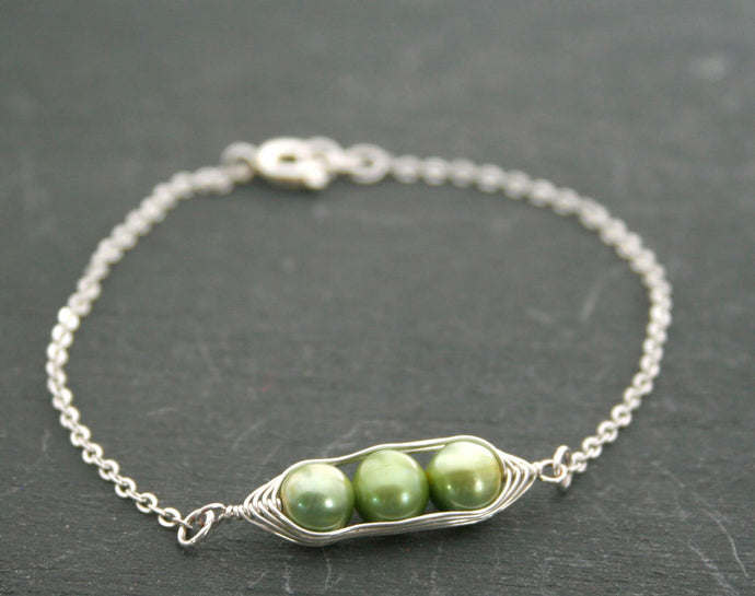 Pea pod bracelet with green freshwater pearls