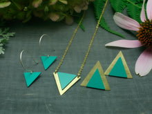 Little tri necklace-