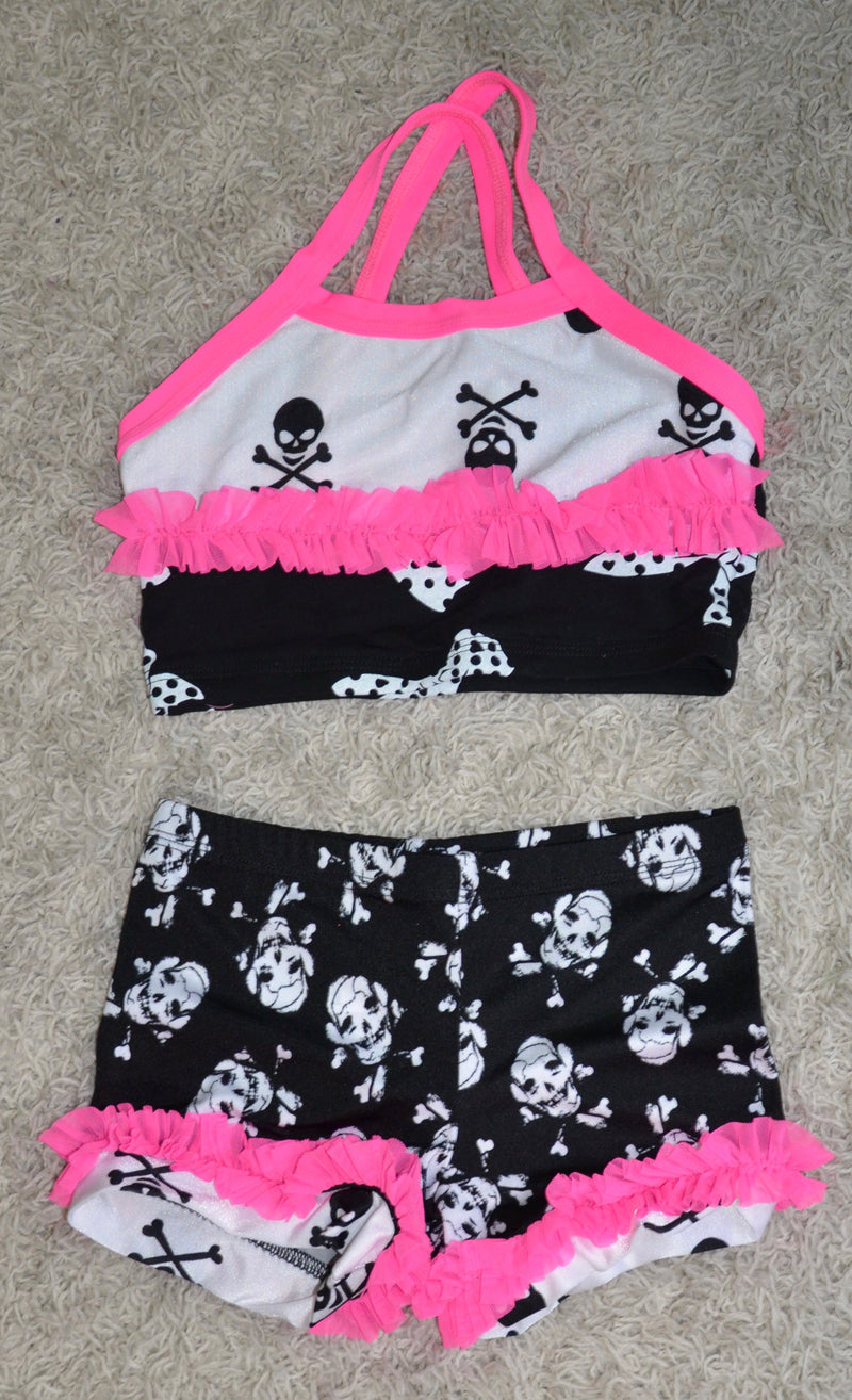 PINK & BLACK/ WHITE WITH SKULLS DANCE SET