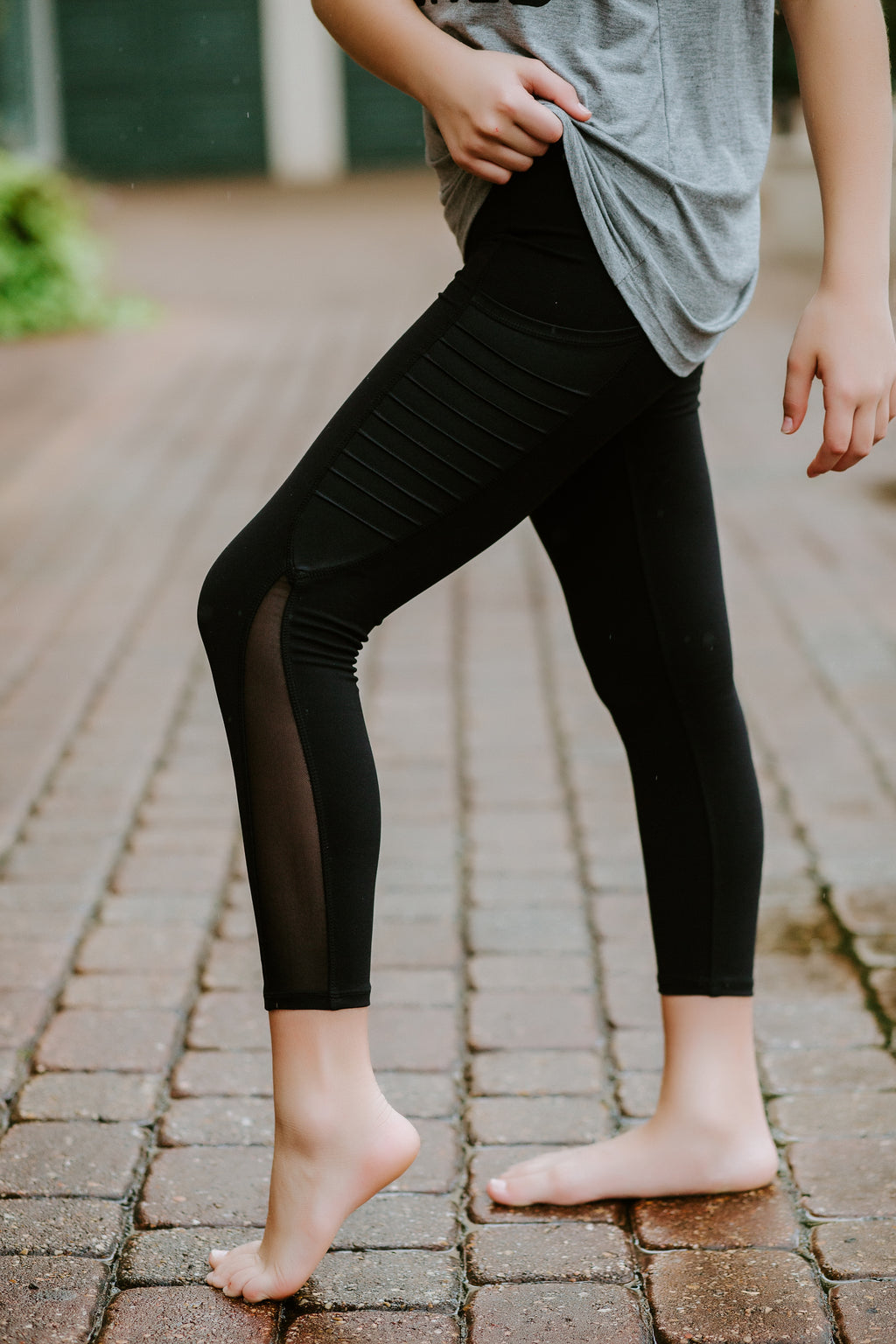 BLACK LEGGINGS/MESH SIDE POCKET