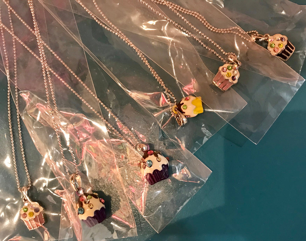NECKLACE - CUPCAKES