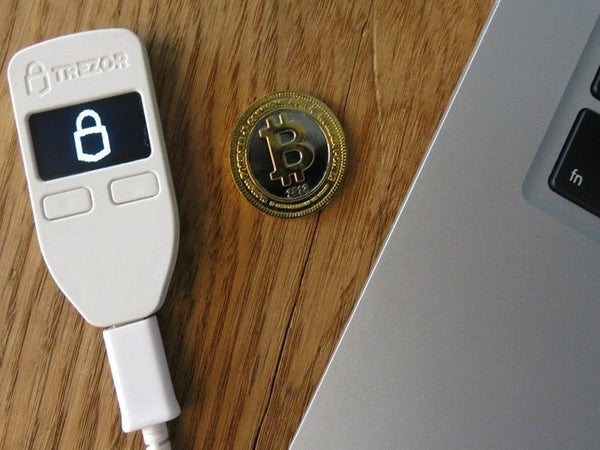 Trezor Hardware Bitcoin Wallet
