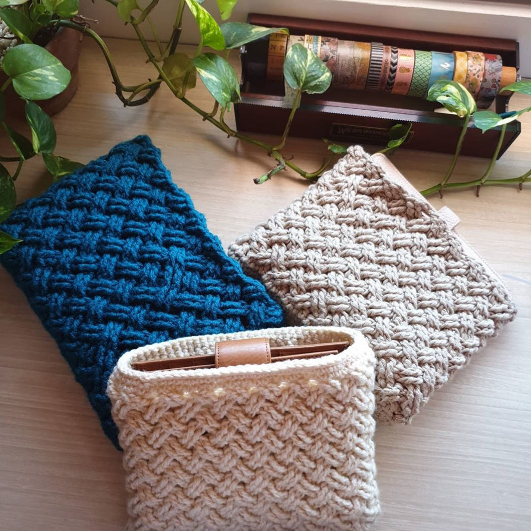 Handmade Knitted Planner Pouch