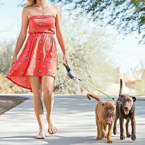 Image of Automatic Dual Dog Leash