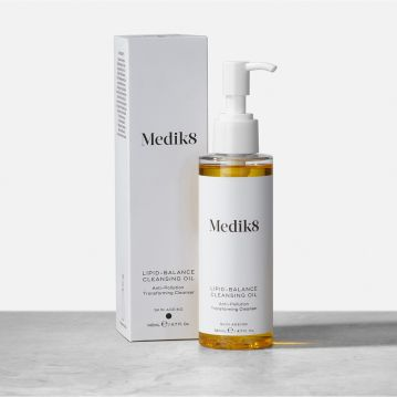 Medik8 Lipid Balance Cleansing Oil - Limpiador Transformador Anti-Contaminación 140ml