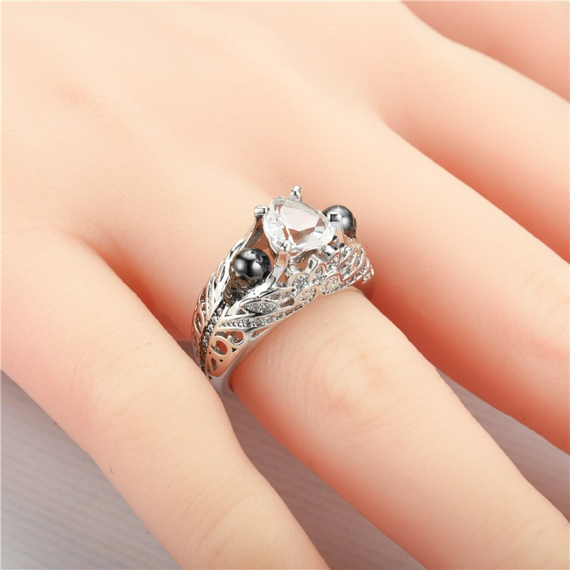 Heart Holder Skull Ring For Women