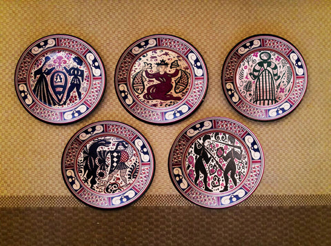 Hand-painted set of 5 Italian Wall Plates - Vriksh of Life