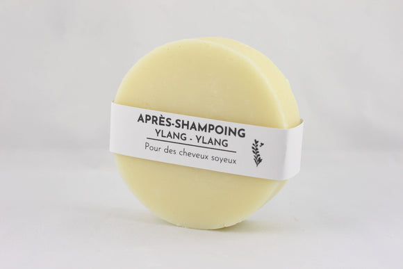 Rich and nourishing solid hair conditioner bar
