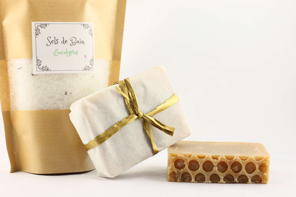 Sachet of eucalyptus bath salts and two bars of honey soap