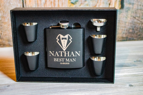 Custom Engraved Groomsmen Flask Gift Set & Personalized Wedding Signs | Customized couple gifts