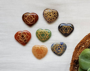 Heart-shaped Chakra stones set - IndigoCrystals