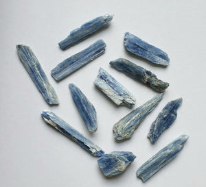 Kyanite raw (small)