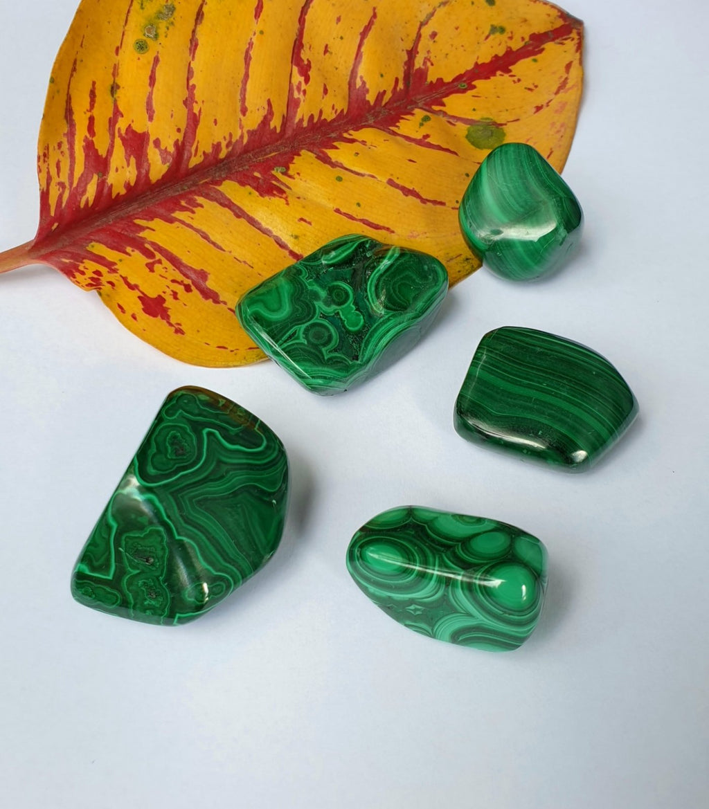 Malachite tumbled medium