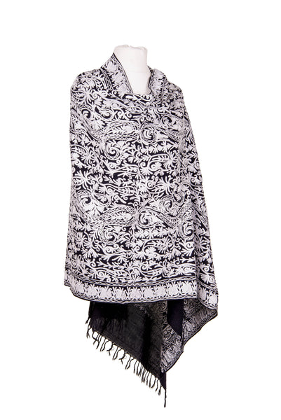 Black & White Paisley Woollen shawl