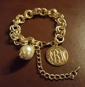 Blank or Monogram Engraved Gold Link Bracelet with Drop Pearl