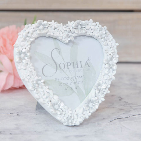 "4"" x 4"" - White Floral Resin Heart Shaped Photo Frame"