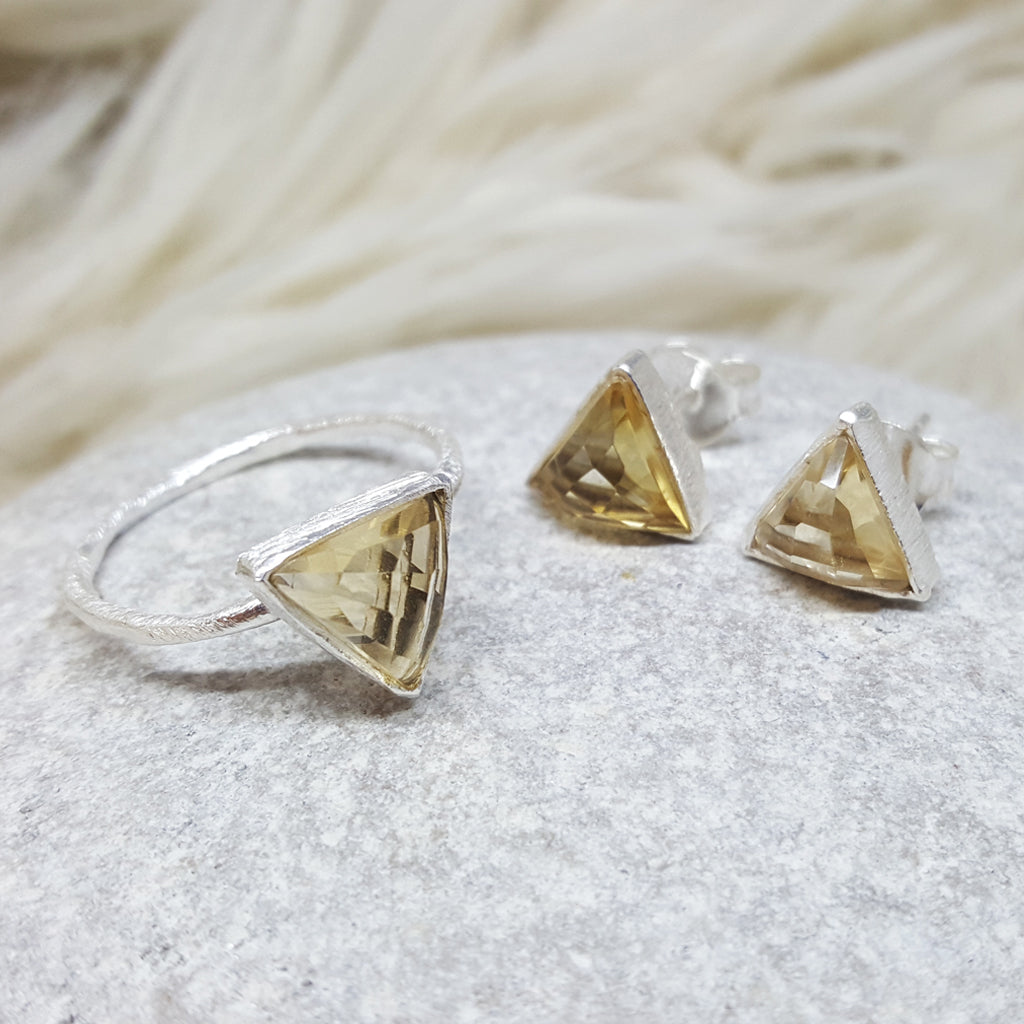 JEWELLERY SET ARROW CITRINE SILVER RING PLUS STUD EARRINGS