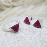 JEWELLERY SET. ARROW RUBY SILVER RING PLUS STUD EARRINGS