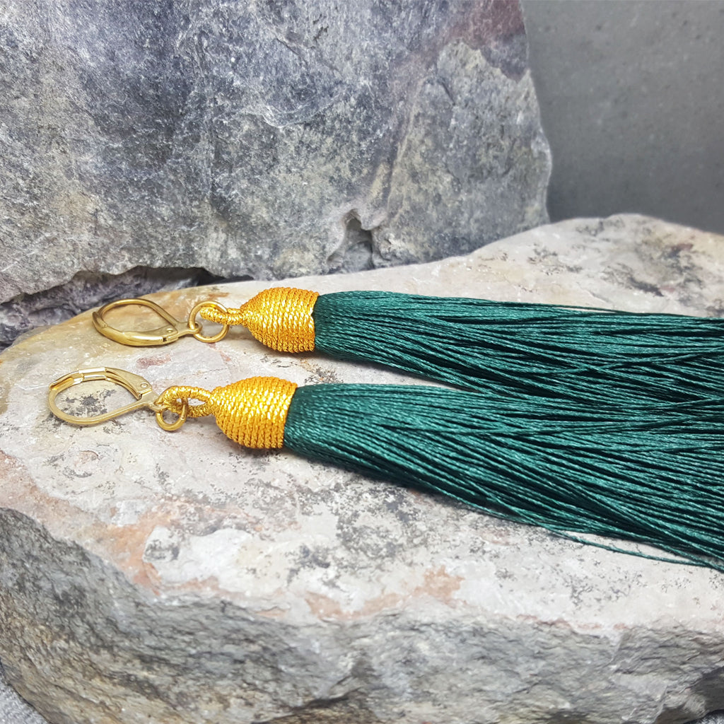BEA PINO GREEN TASSEL EARRINGS