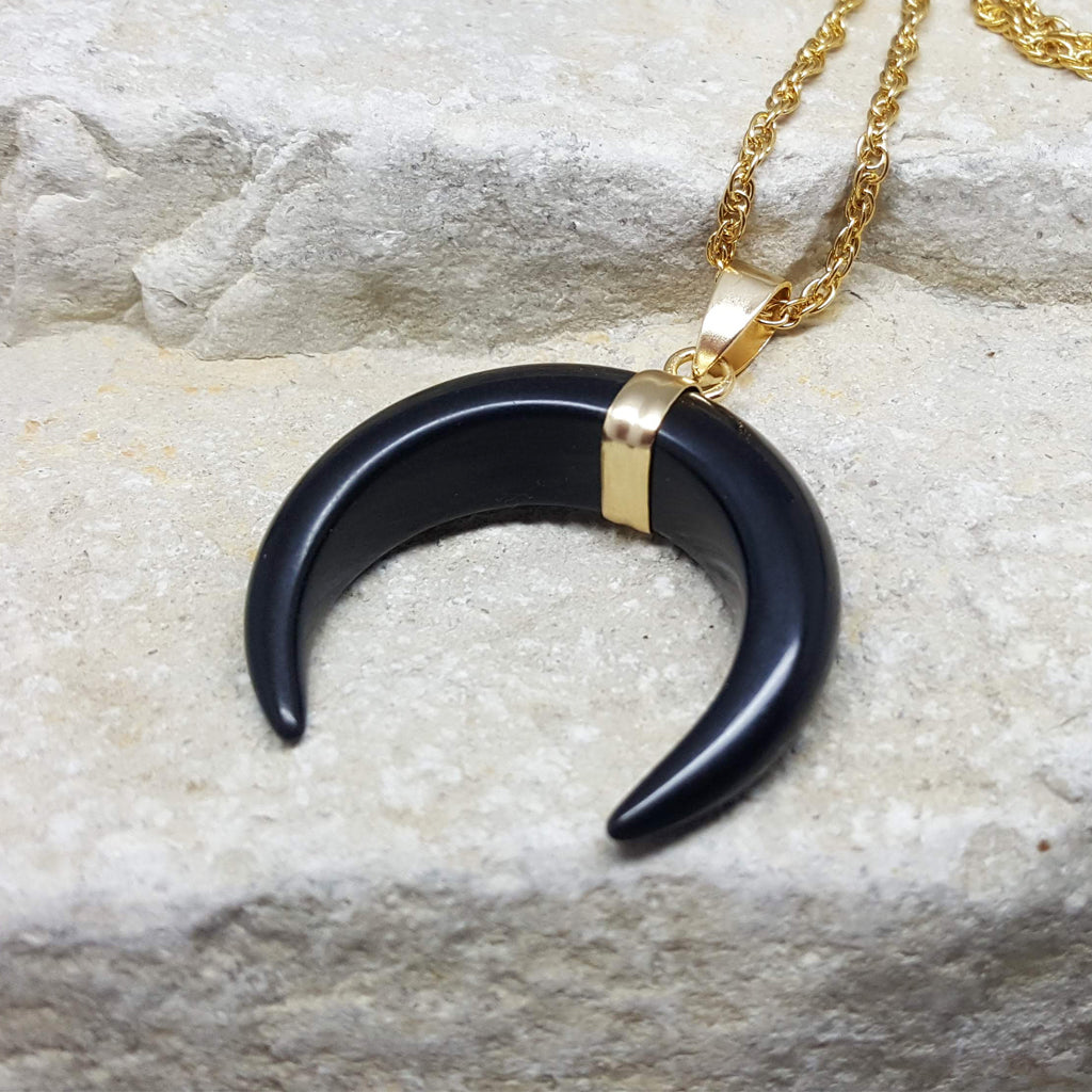 CRESCENT MOON NECKLACE BLACK ONYX