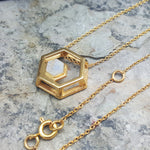 ROCK HEXAGON GOLD MOONSTONE CHAIN NECKLACE