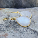 GOTA DE ORO MOONSTONE GOLD HOOK EARRINGS