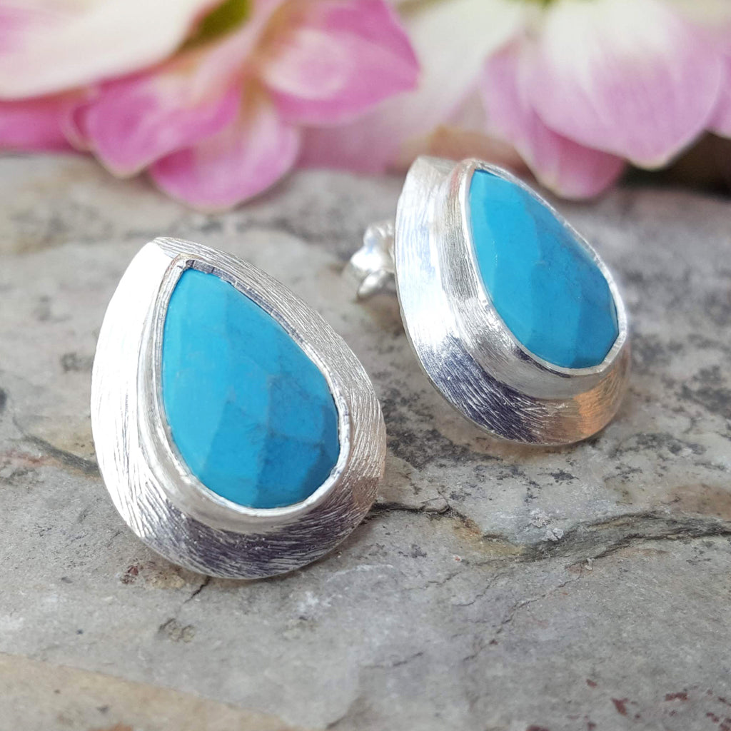 RAIN DROPS TURQUOISE SILVER STUD EARRINGS