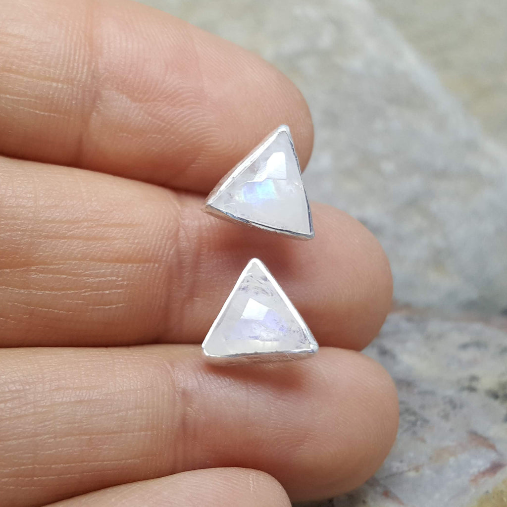ARROW MOONSTONE SILVER STUD EARRINGS