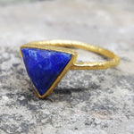 ARROW LAPIS LAZULI GOLD RING