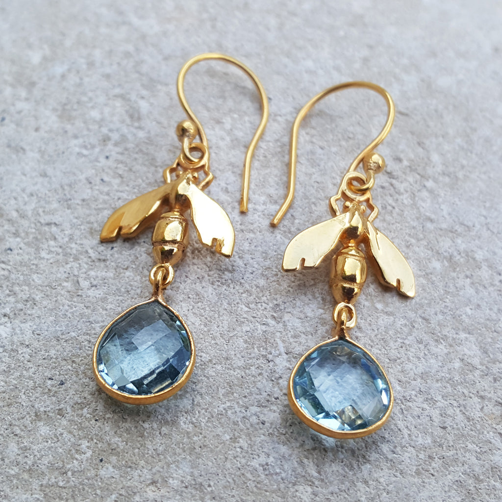 BEE BLUE TOPAZ GOLD HOOK EARRINGS